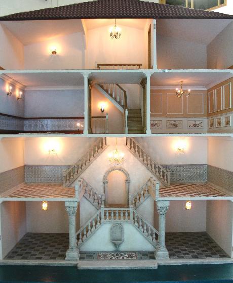 Venetian palazzo - Dolls house interior ...